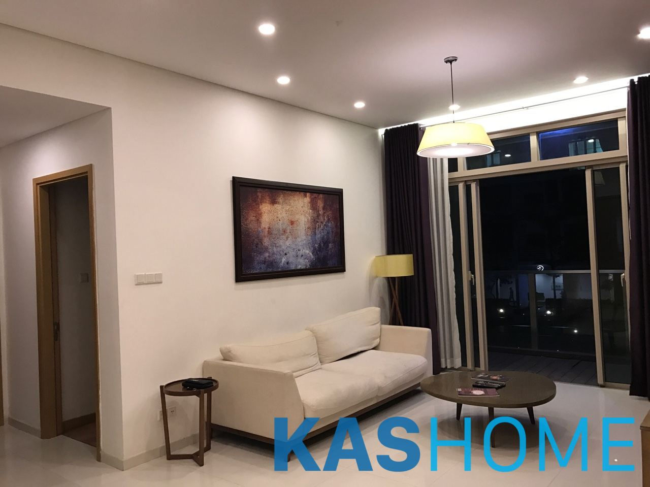 02 bedrooms for rent in The Vista with Balcony